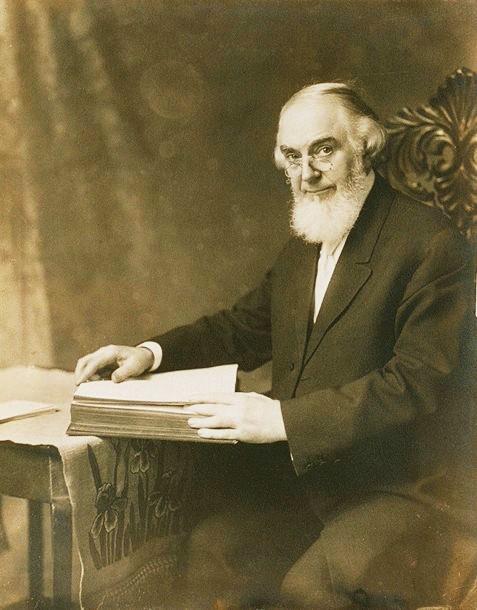 Чарлз Тейз Ръсел 1911
